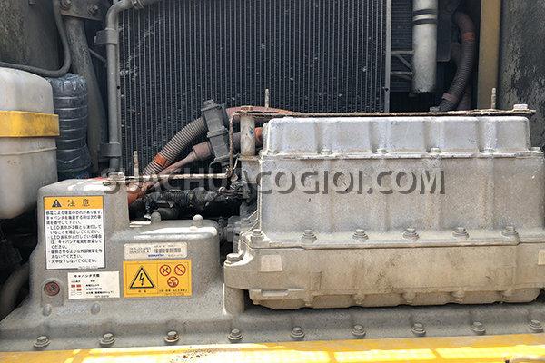 Bộ Inverter (Biến tần) và Capacitor (Tụ điện) của máy xúc Komatsu Hybrid HB205-1 HB215-1