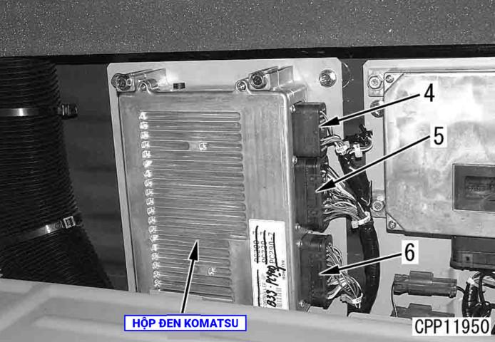 TIENPHONG IMG 0075 - Vị trí hộp đen máy xúc Komatsu