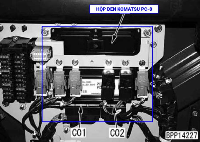TIENPHONG IMG 0078 - Vị trí hộp đen máy xúc Komatsu