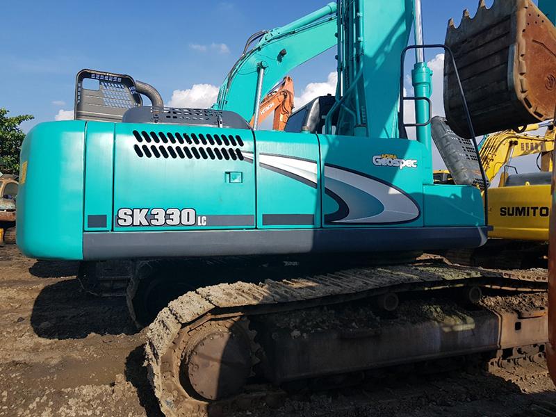 máy xúc kobelco sk330