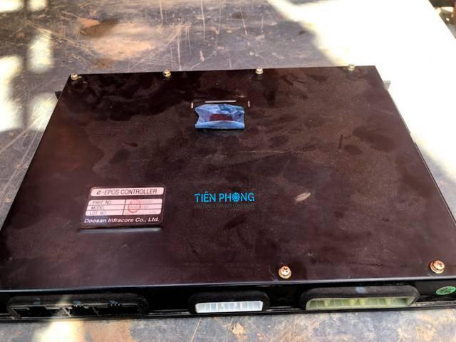 Tiên Phong - Sửa hộp đen máy xúc trên toàn quốc.